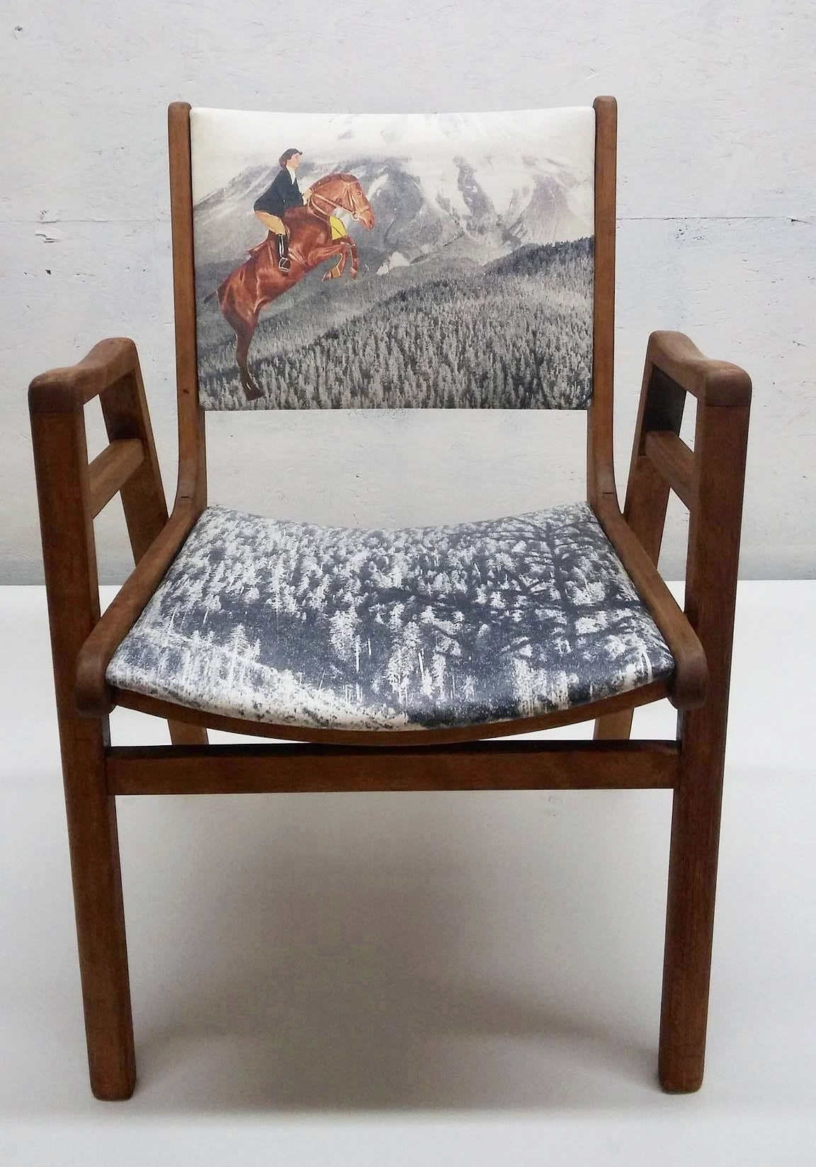 "Chaise ""The Northwest Continued"" - 350$"