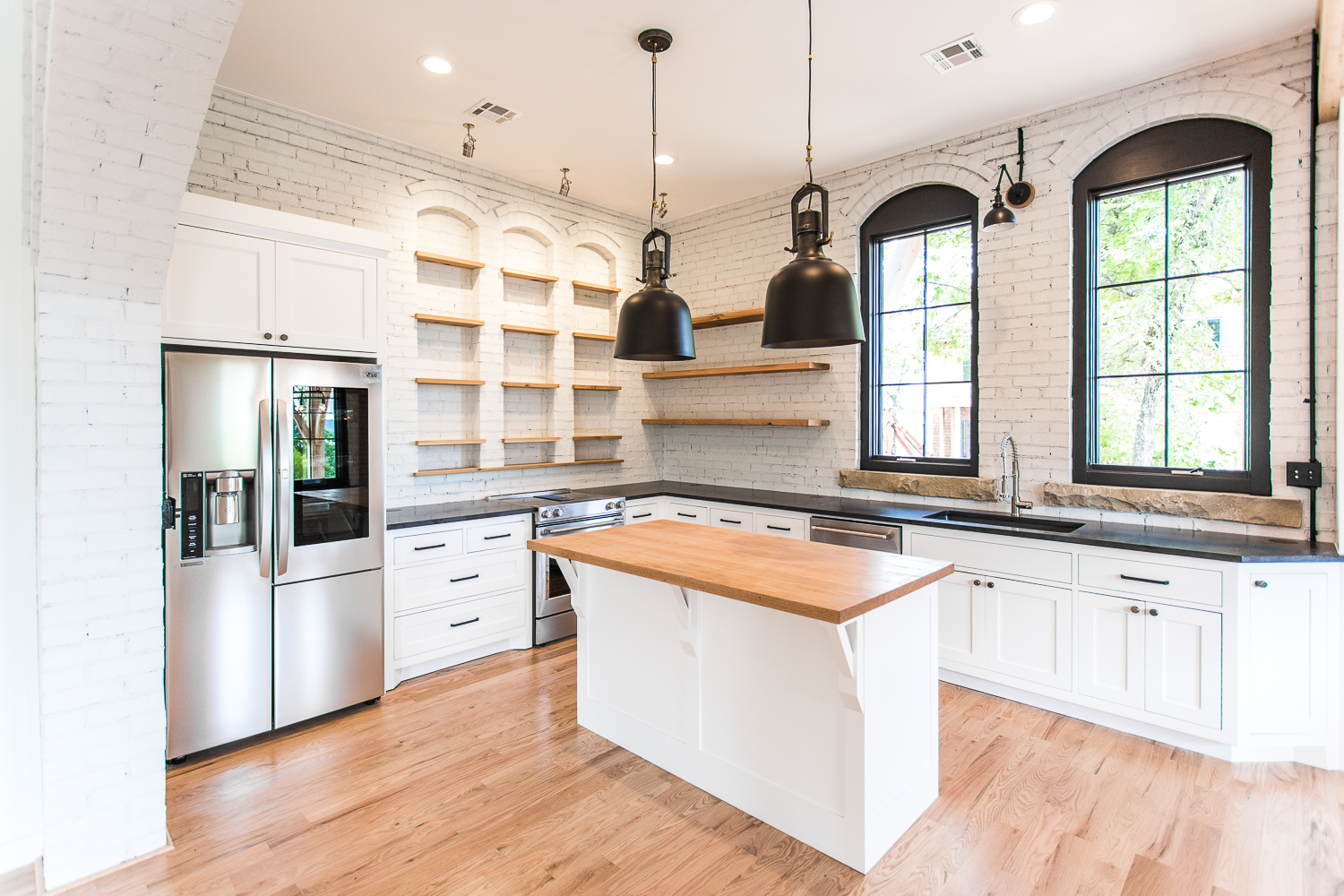 White Kitchen - by Buiding Culture