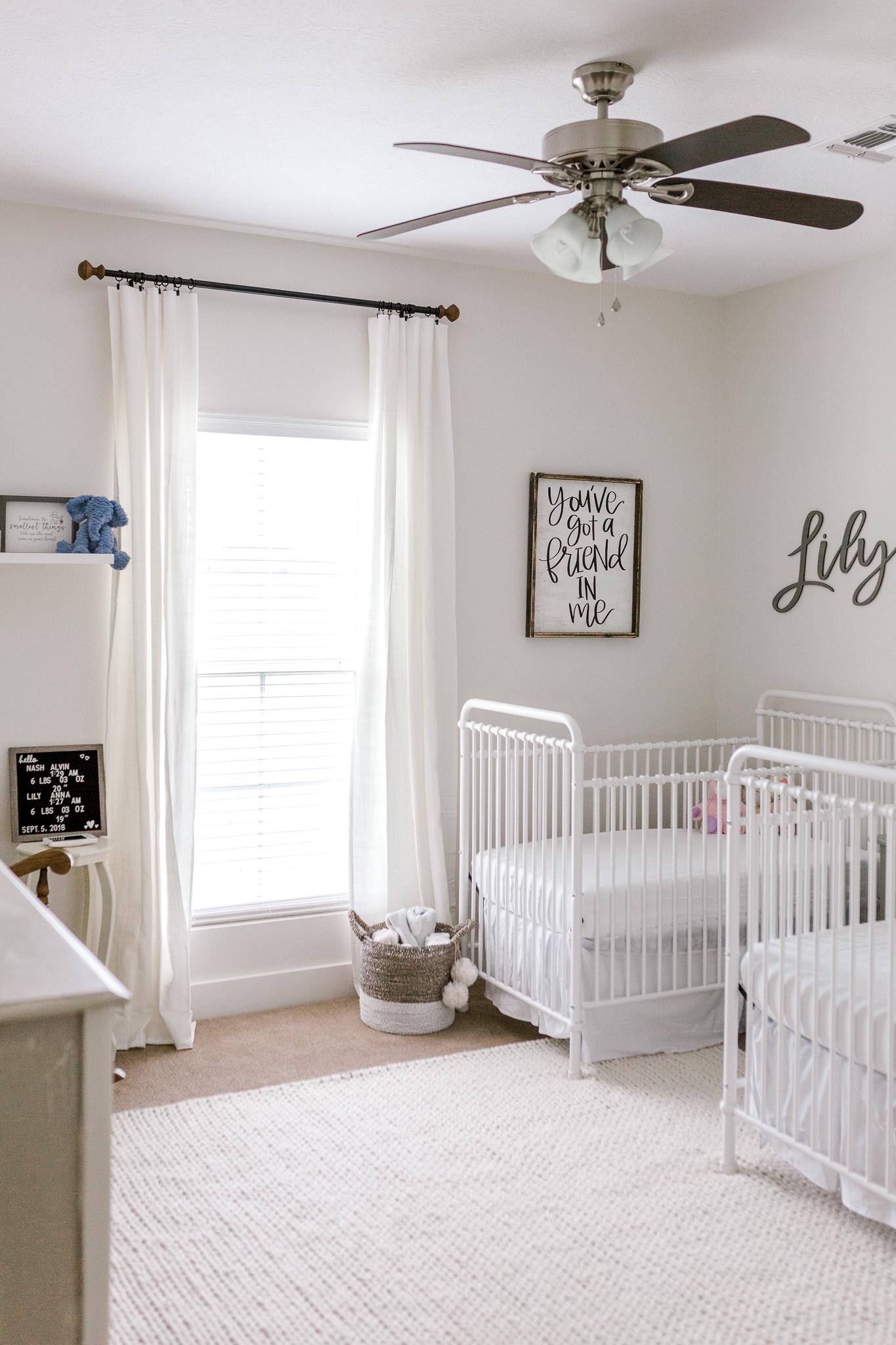 Lily and Nash Newborns-21.jpg