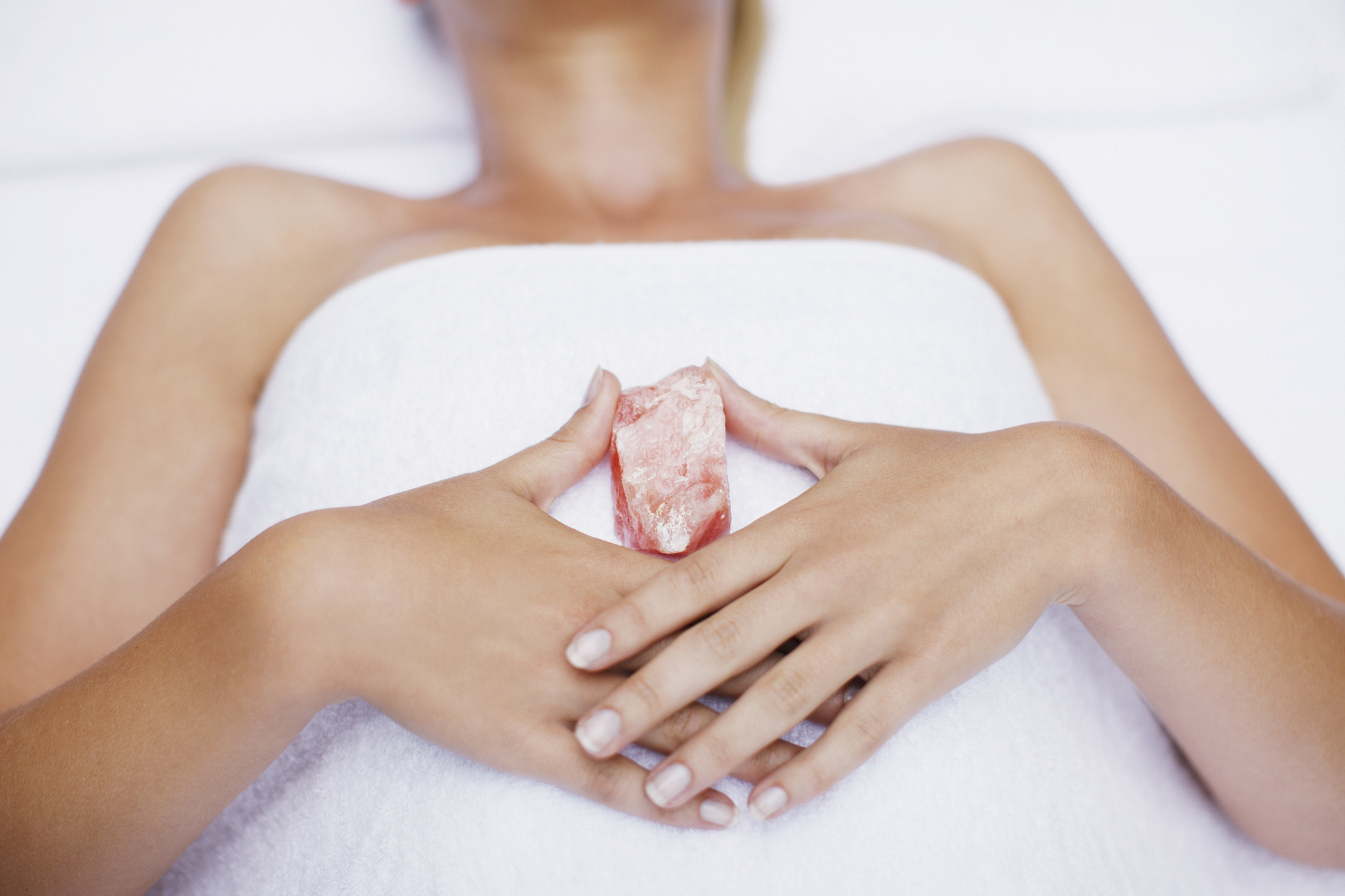 Relaxing Massage with Crystals