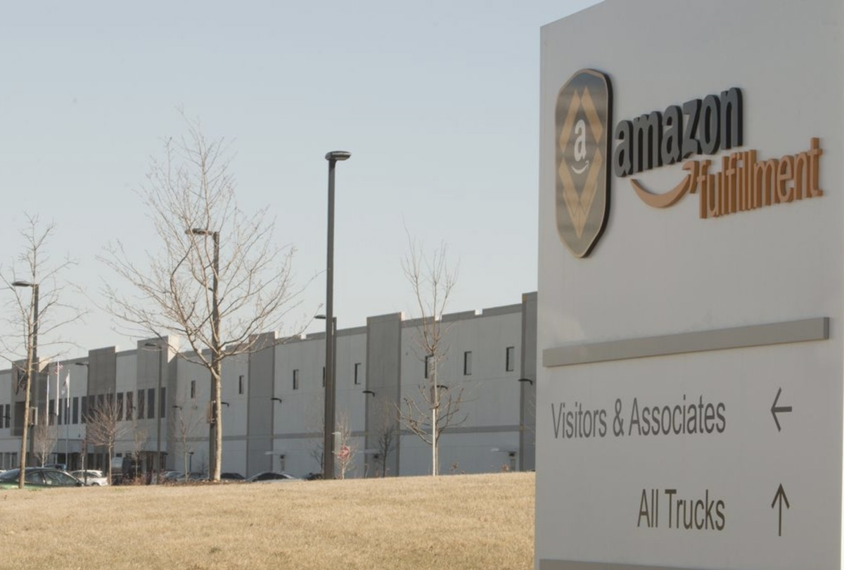 Amazon Fulfillment Center - Windsor, CT