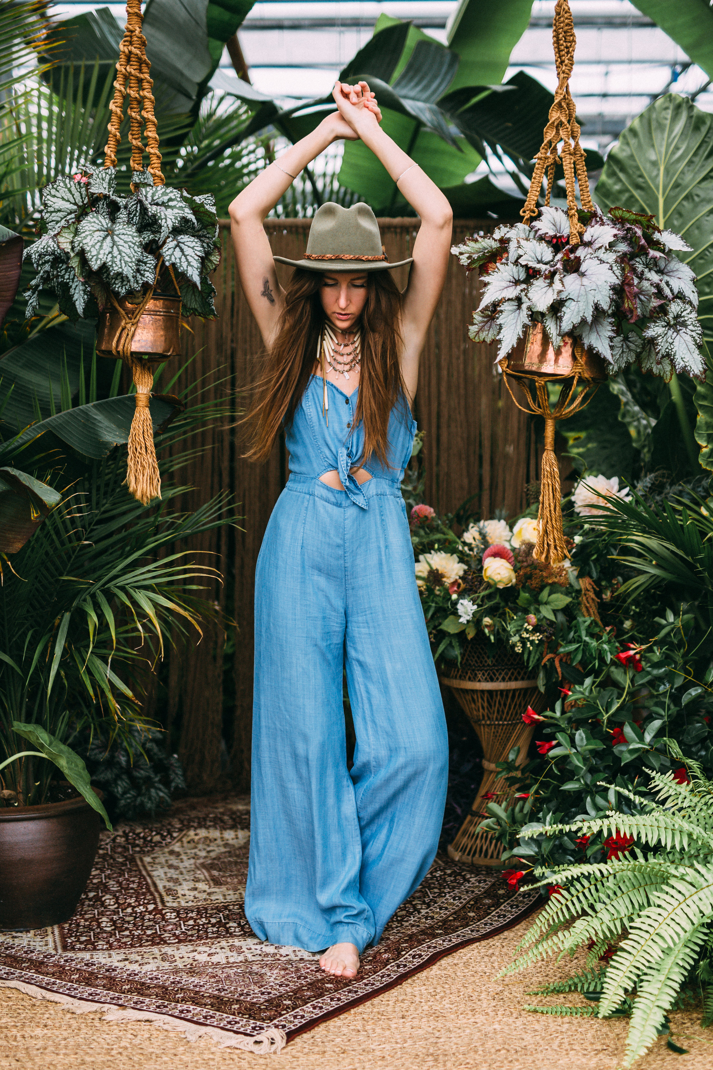 amanda cowley events niagara wedding planner free spirit styling bohemian style denim jumpsuit bell bottoms