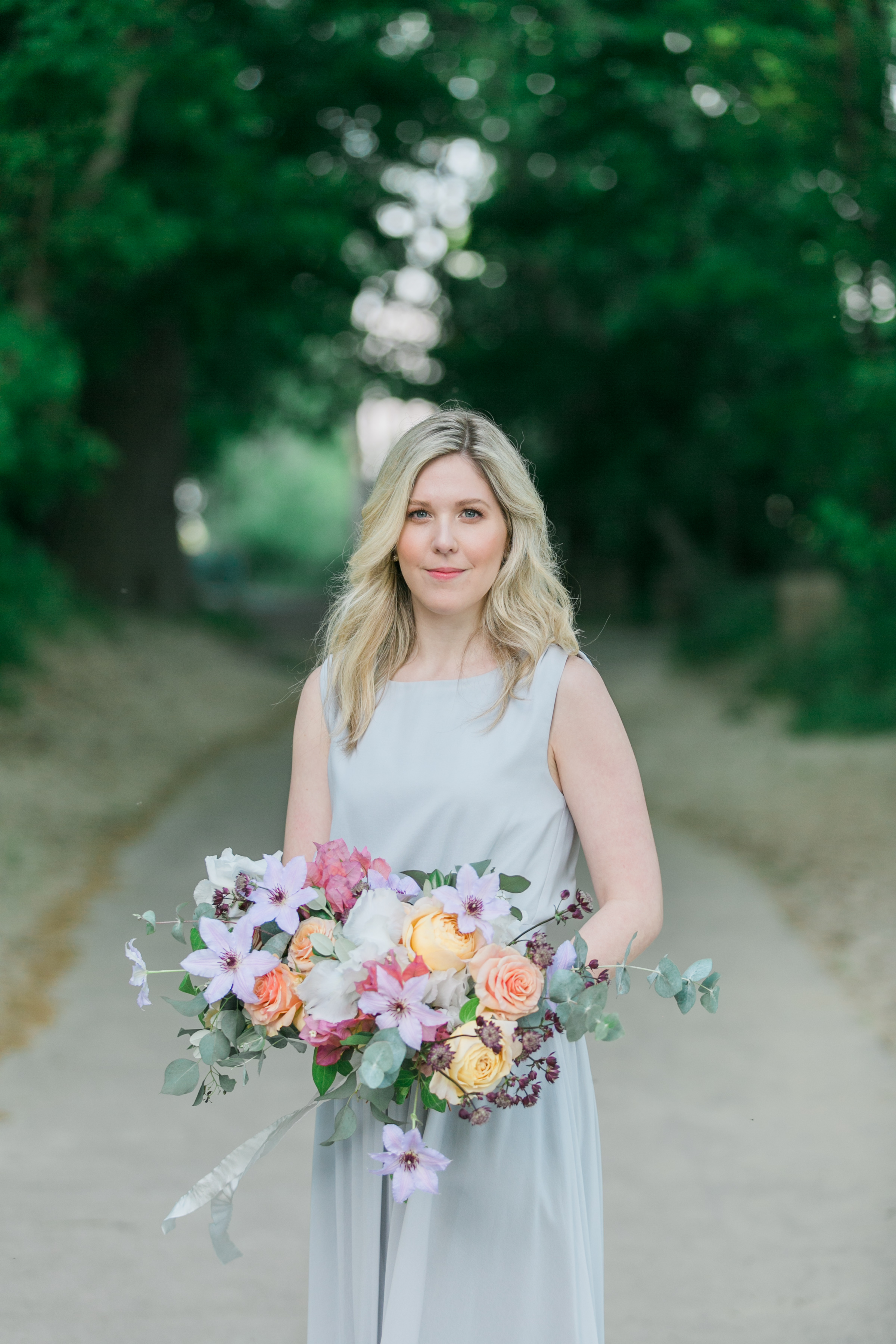 amanda cowley events niagara wedding planner beach engagement session grey flowy dress