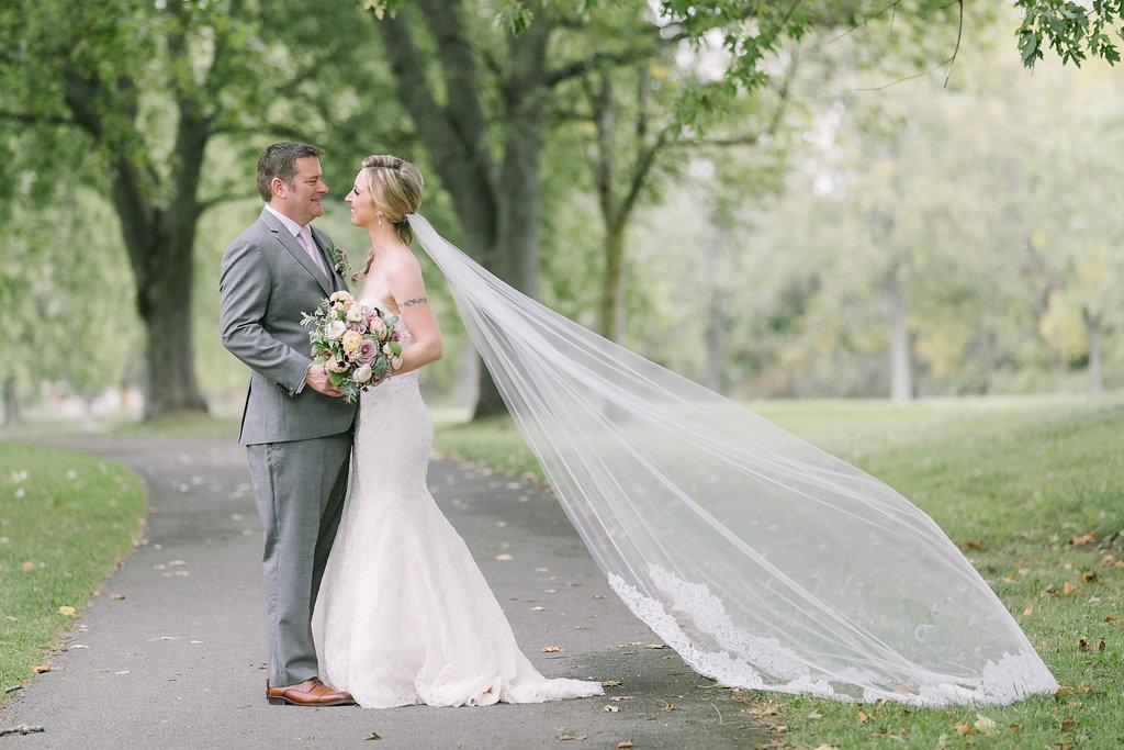amanda cowley events niagara on the lake fall wedding niagara wedding planner queens landing elizabeth in love photography