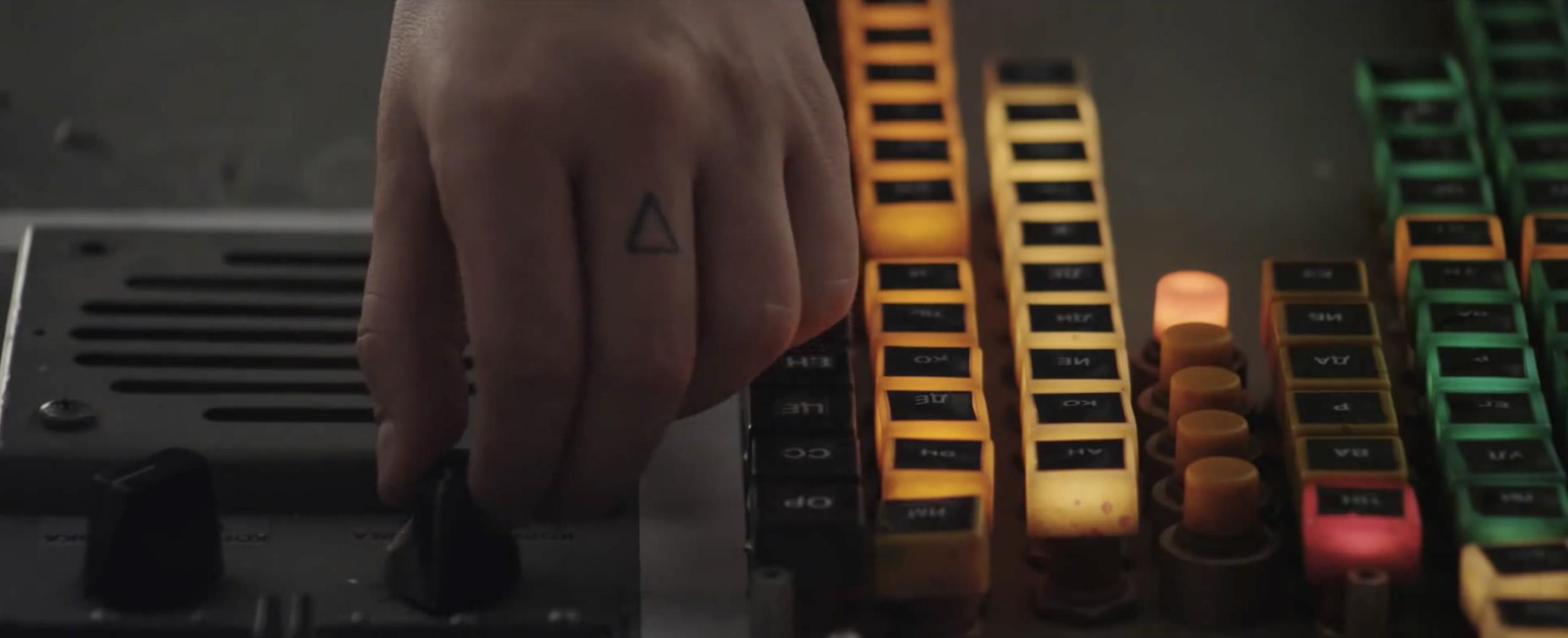 VERSA EMERGE- Music Video