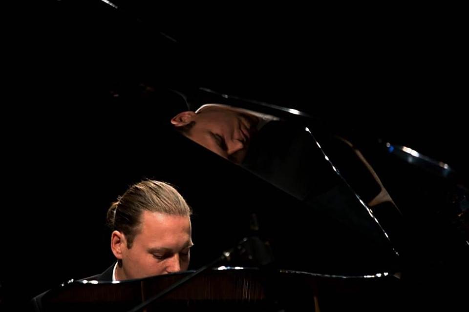 syts piano reflection.jpg
