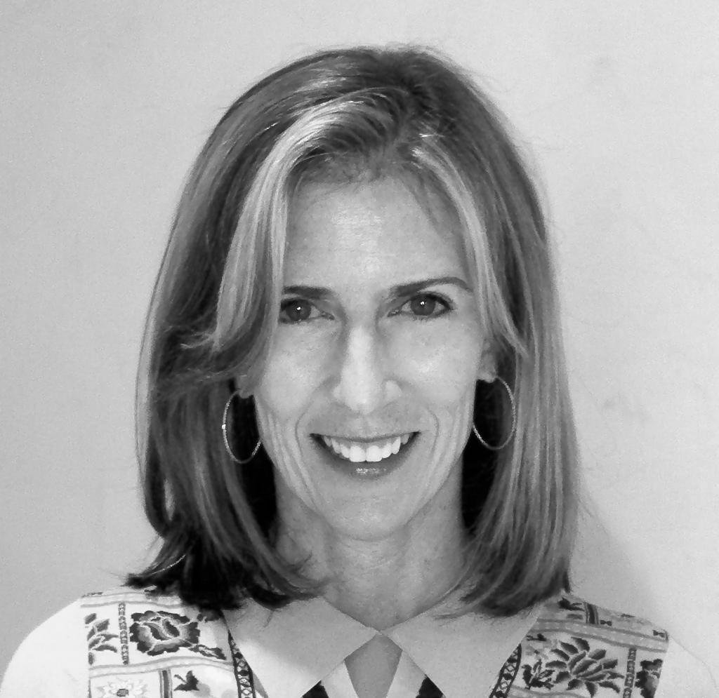 Lynn Gordon, social worker, founder & President