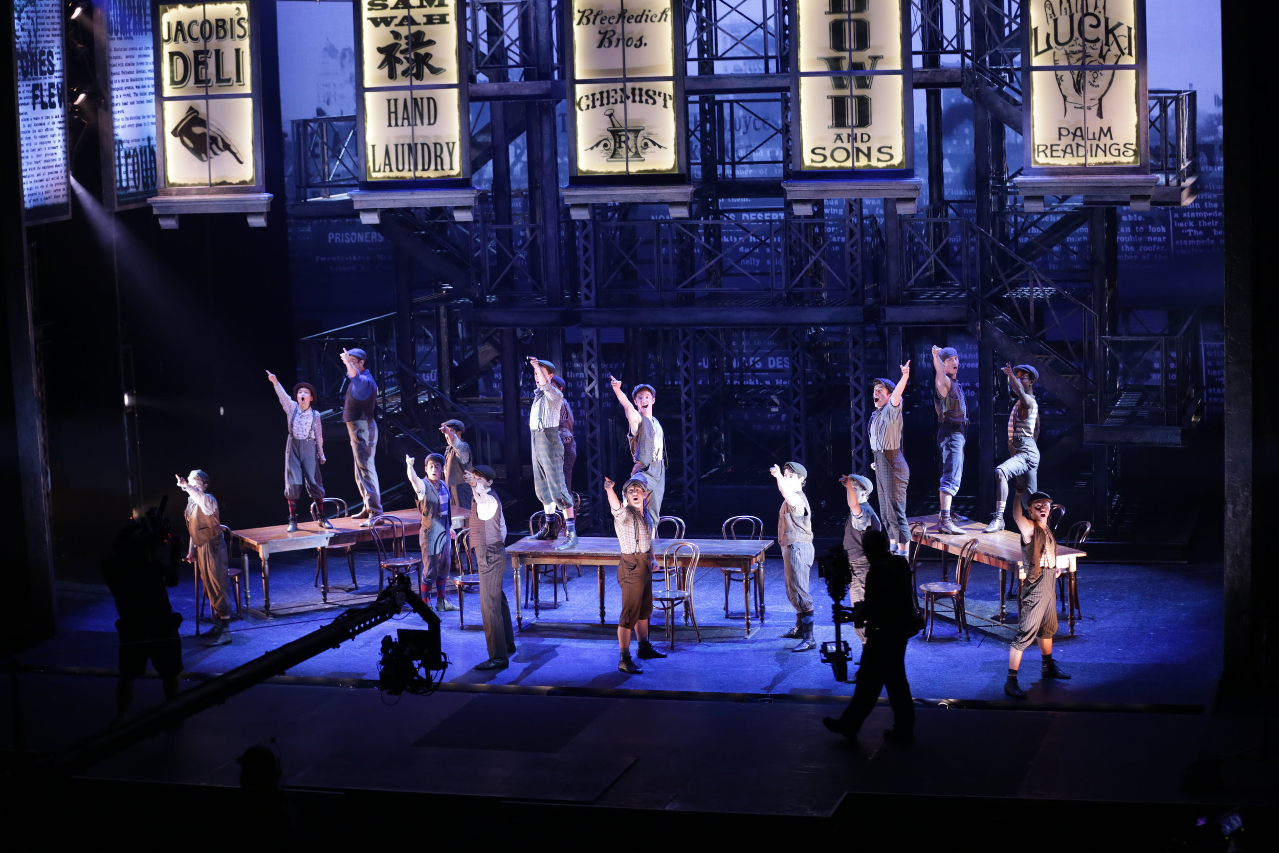 Newsies_Filming_WWK__Photo_By_Disney_Theatrical_Productions5.JPG
