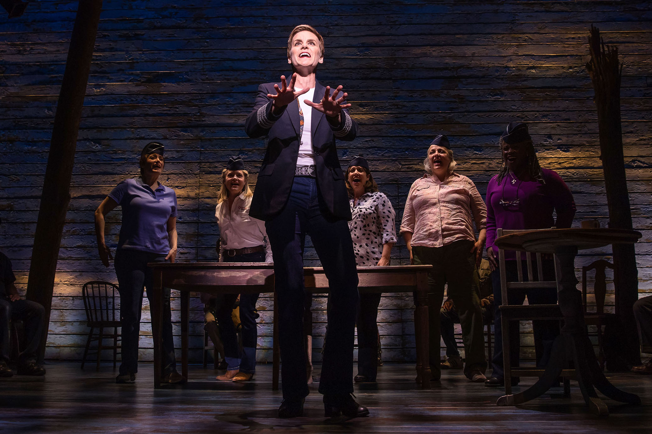 [4]_Jenn Colella and the cast of COME FROM AWAY, Photo by Matthew Murphy, 2017.jpg