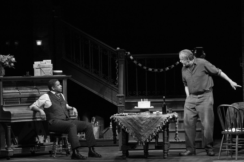 Denzel-Washington-and-David-Morse-in-THE-ICEMAN-COMETH.Photo-by-Julieta-Cervantes.jpg
