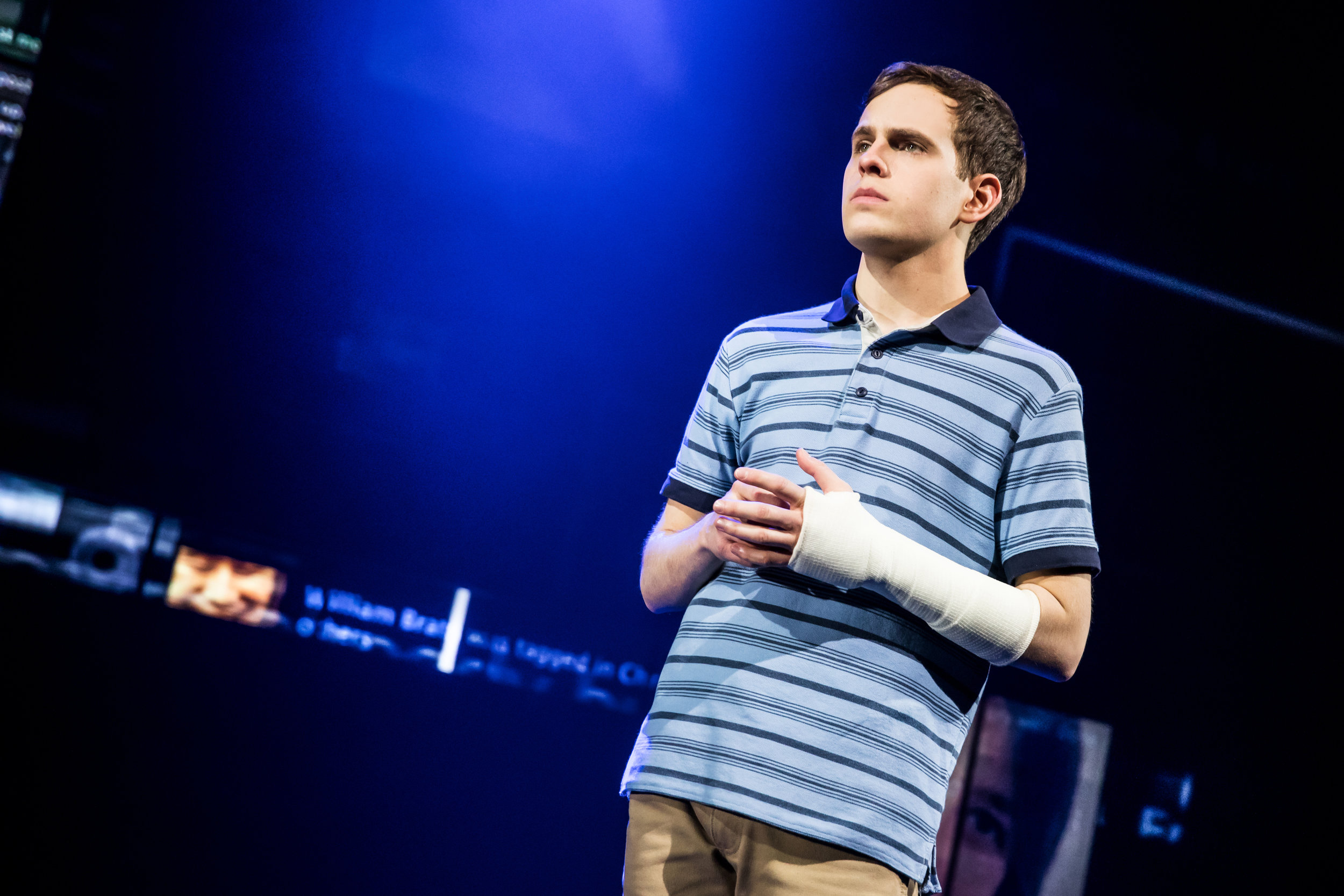Dear-Evan-Hansen-Taylor-Trensch-0827-Photo-Credit-Matthew-Murphy.jpg