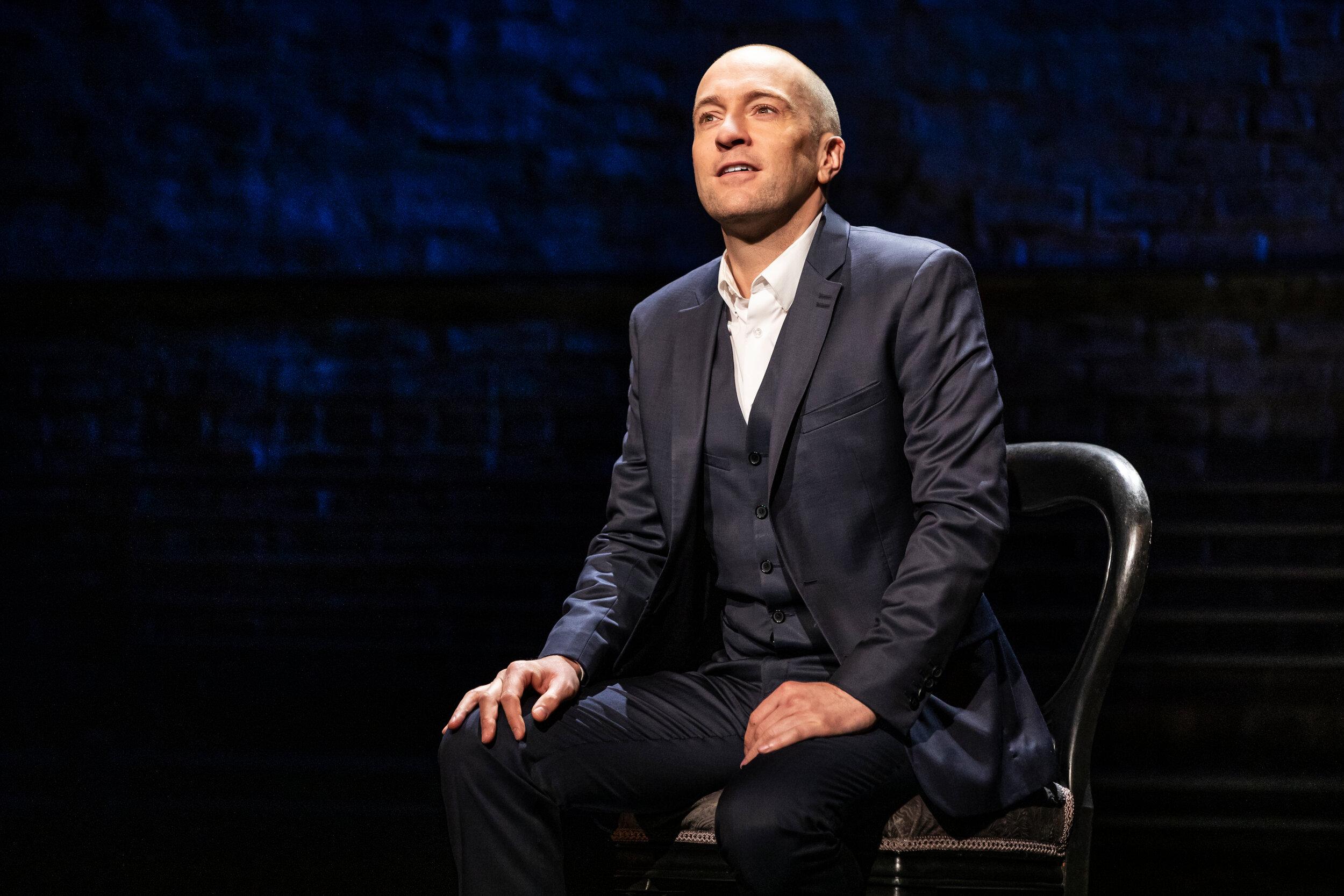 A Derren Brown Secret now playing on Broadway at the Cort Theatre - photo by Matthew Murphy  0009_EDIT_v001.jpg