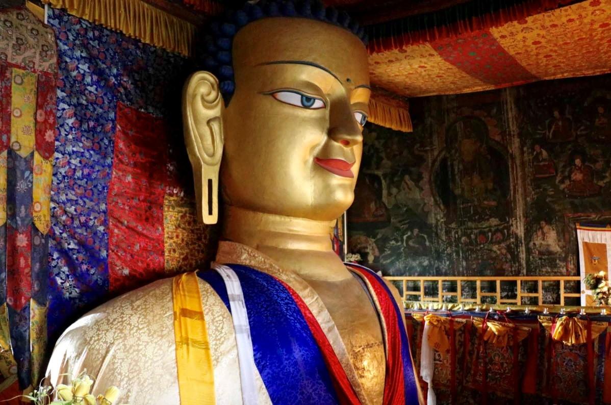 Shey Palace Buddha.jpg