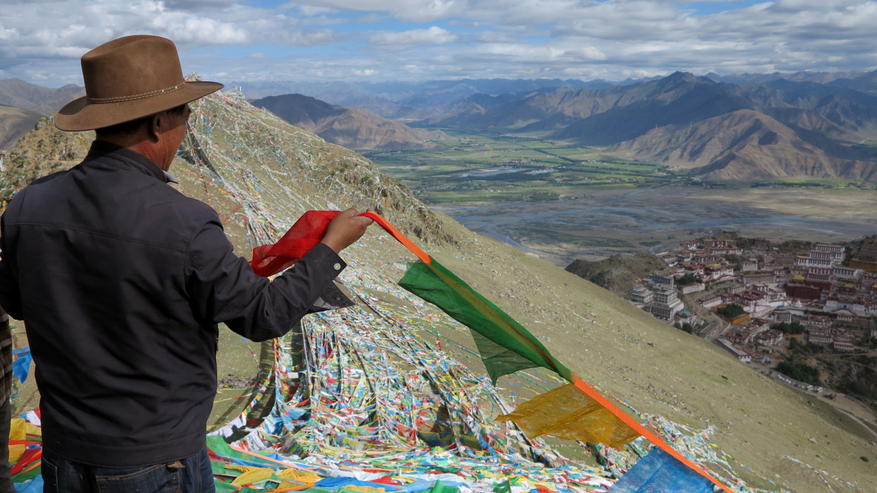 Ganden Monastery prayer flags.jpg