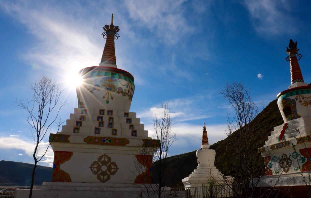 Stupas on the road.jpg