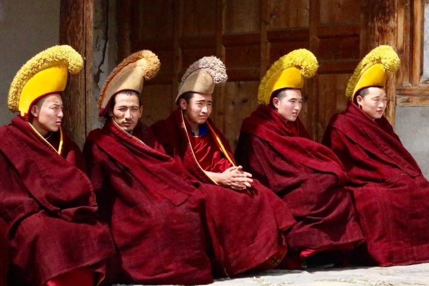 Amdo - The birthplace of the 14th Dalai Lama, and home to two of the largest and most important monasteries in Eastern Tibet - Labrang and Langmusi. Enjoy a taste of monastic life in these village-like monasteries.