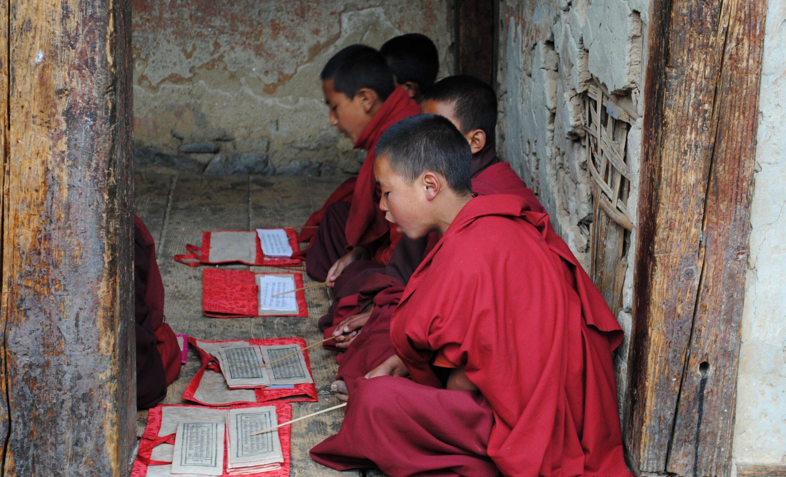 Bumthang little monks hd.jpg