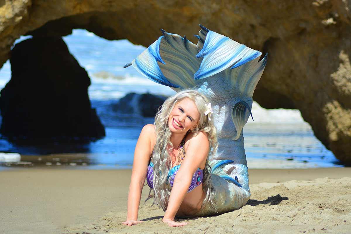 Mermaid-Splash-at-Beach.jpg