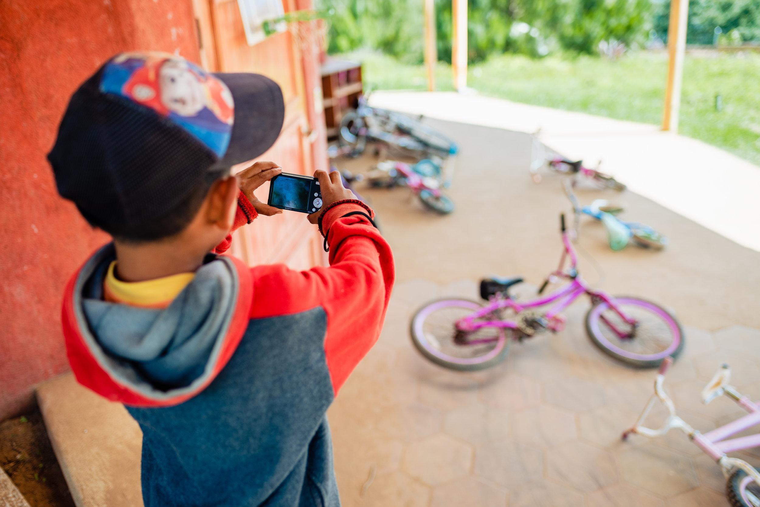 kids and cameras Project Somos Guatemala Misty Prochaska-8.jpg