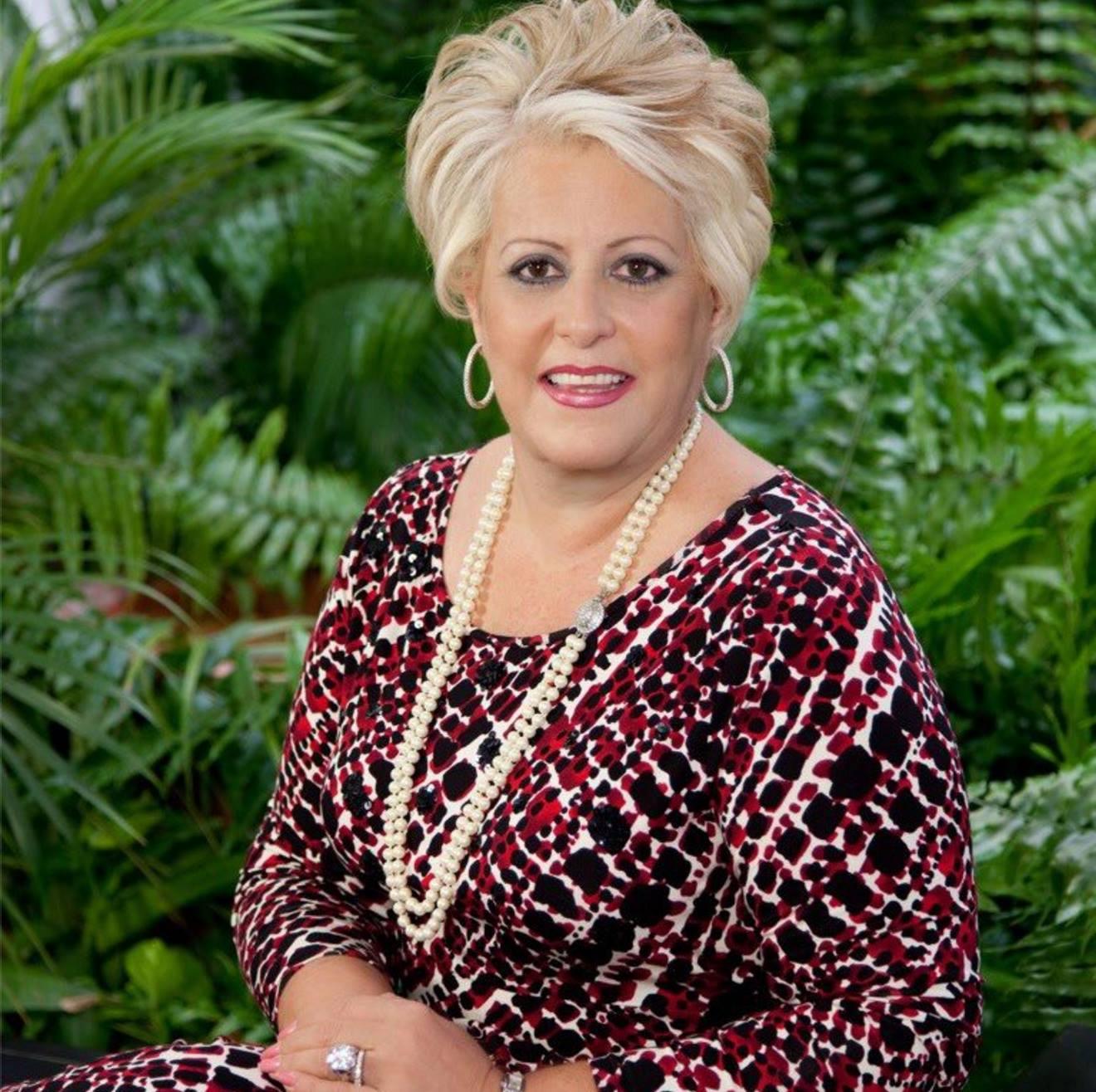 Sylvia B. Cestero de Seymour