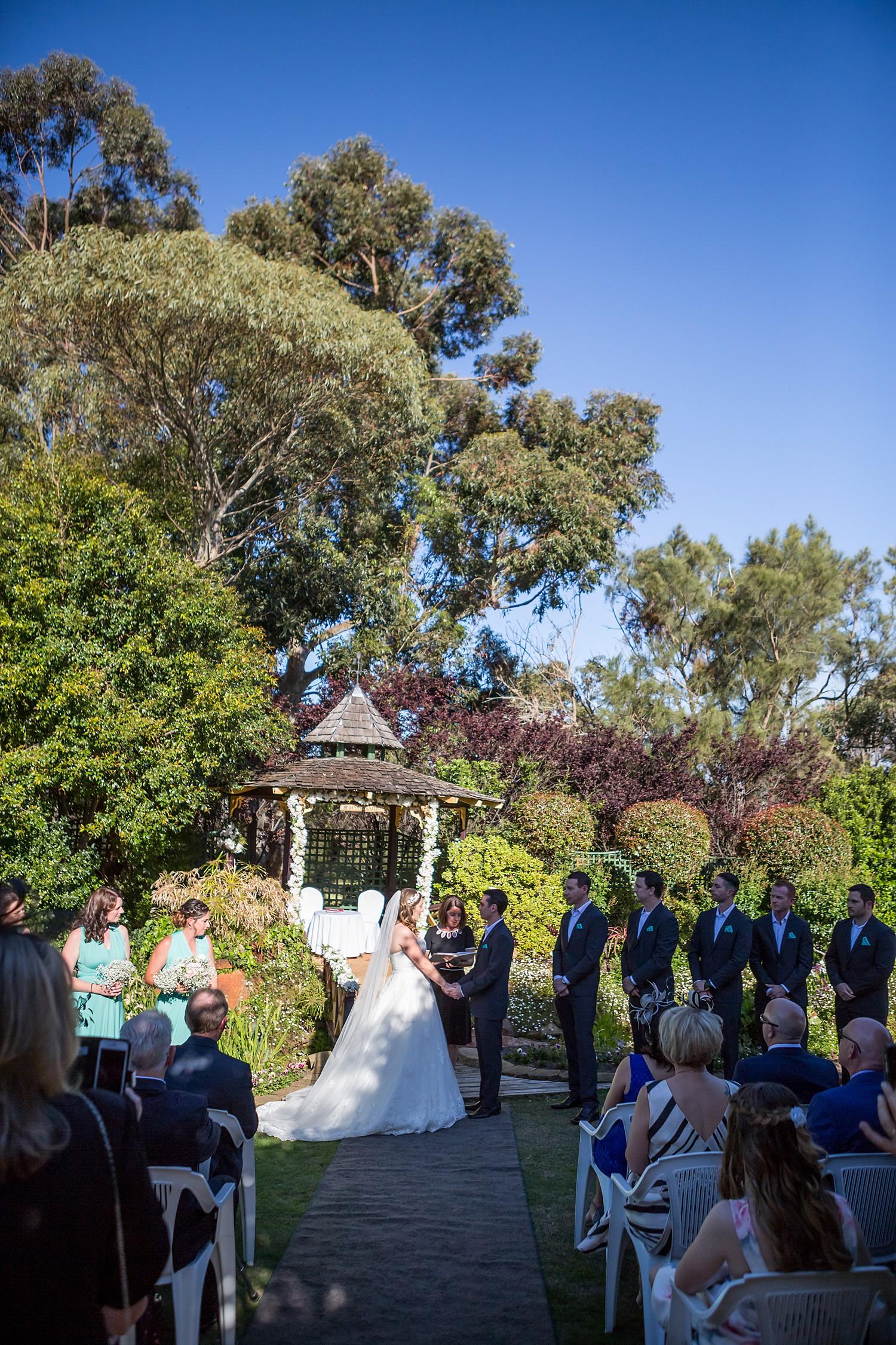 perth_wedding_spring_bridgeleigh_estate_0039.jpg