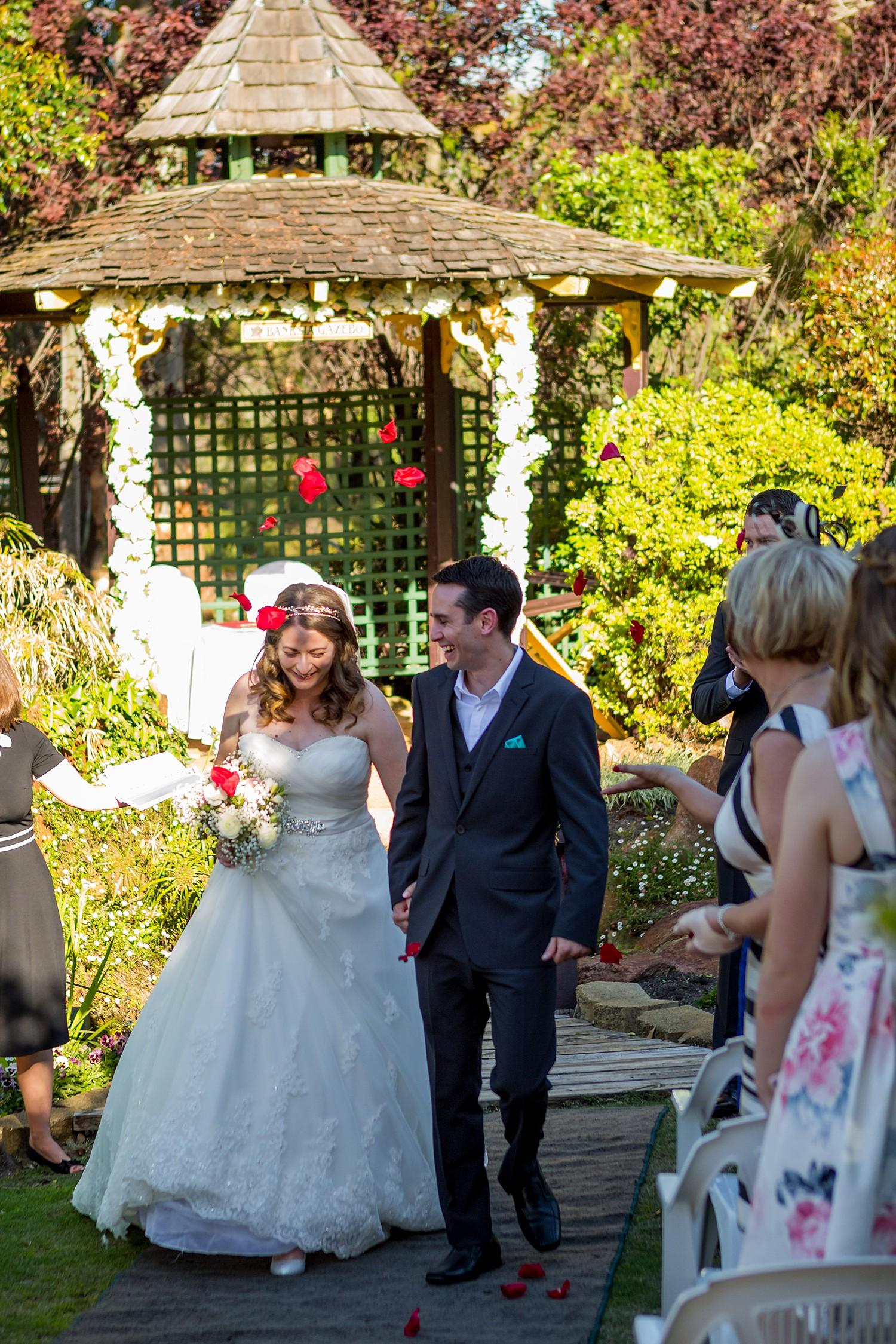 perth_wedding_spring_bridgeleigh_estate_0050.jpg