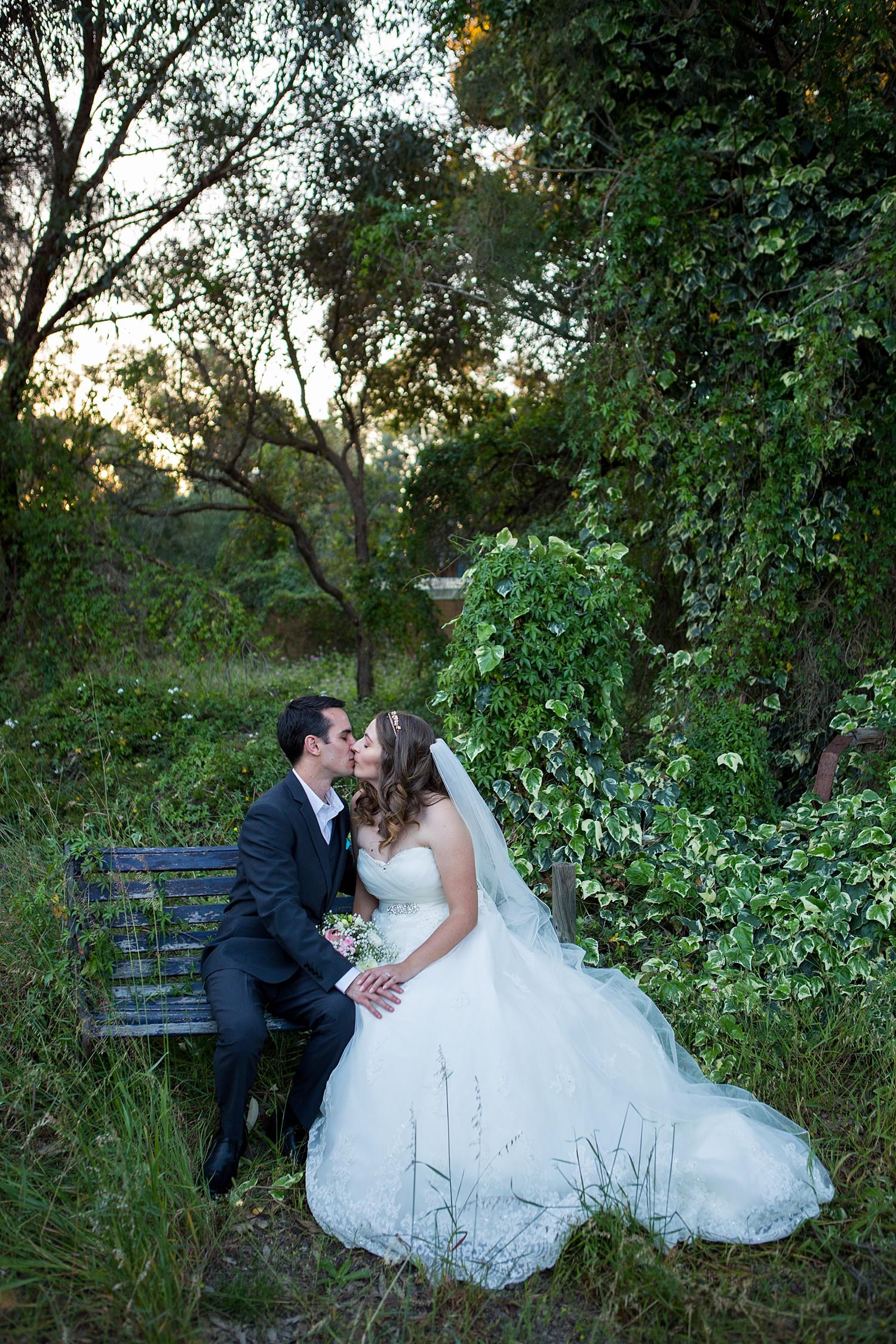 perth_wedding_spring_bridgeleigh_estate_0078.jpg