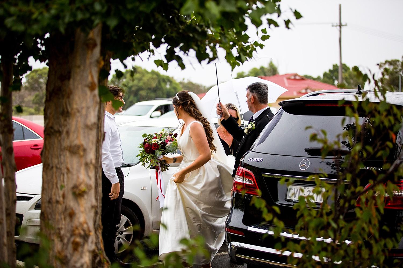 perth_swan_valley_scottish_rainy_wedding_0037.jpg