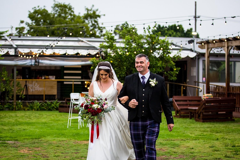 perth_swan_valley_scottish_rainy_wedding_0042.jpg