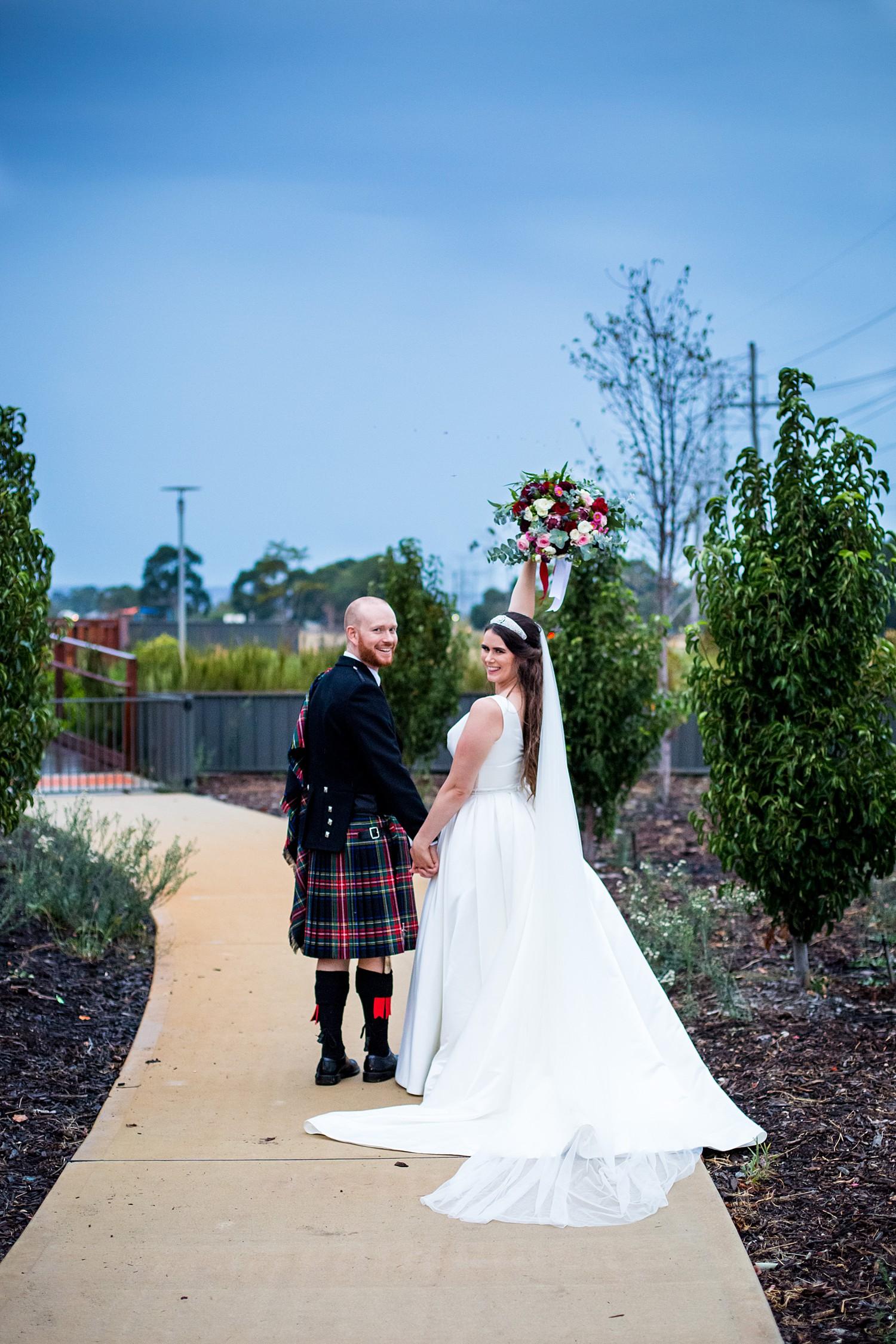 perth_swan_valley_scottish_rainy_wedding_0102.jpg
