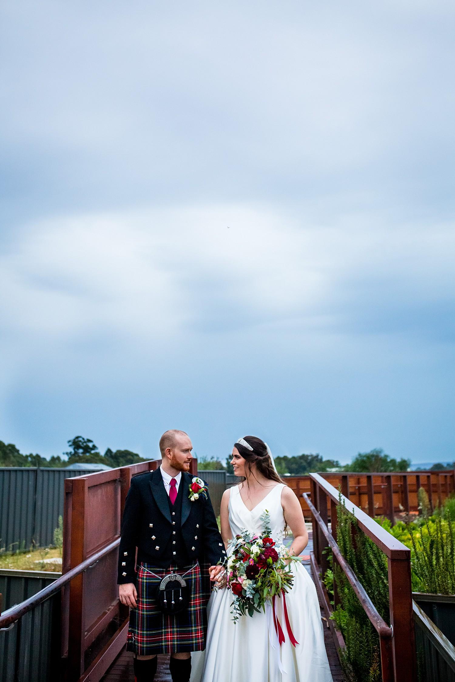 perth_swan_valley_scottish_rainy_wedding_0103.jpg