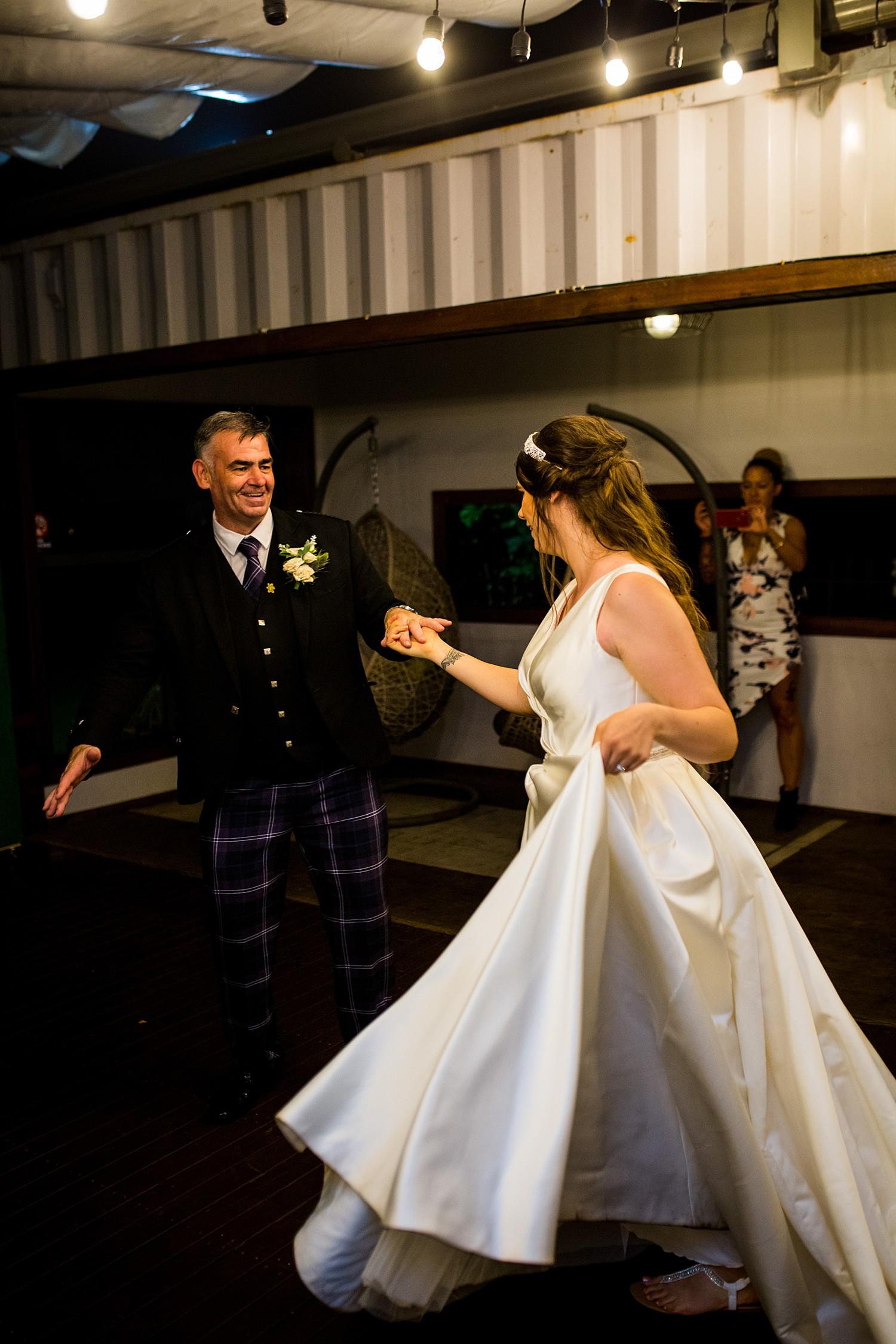 perth_swan_valley_scottish_rainy_wedding_0159.jpg