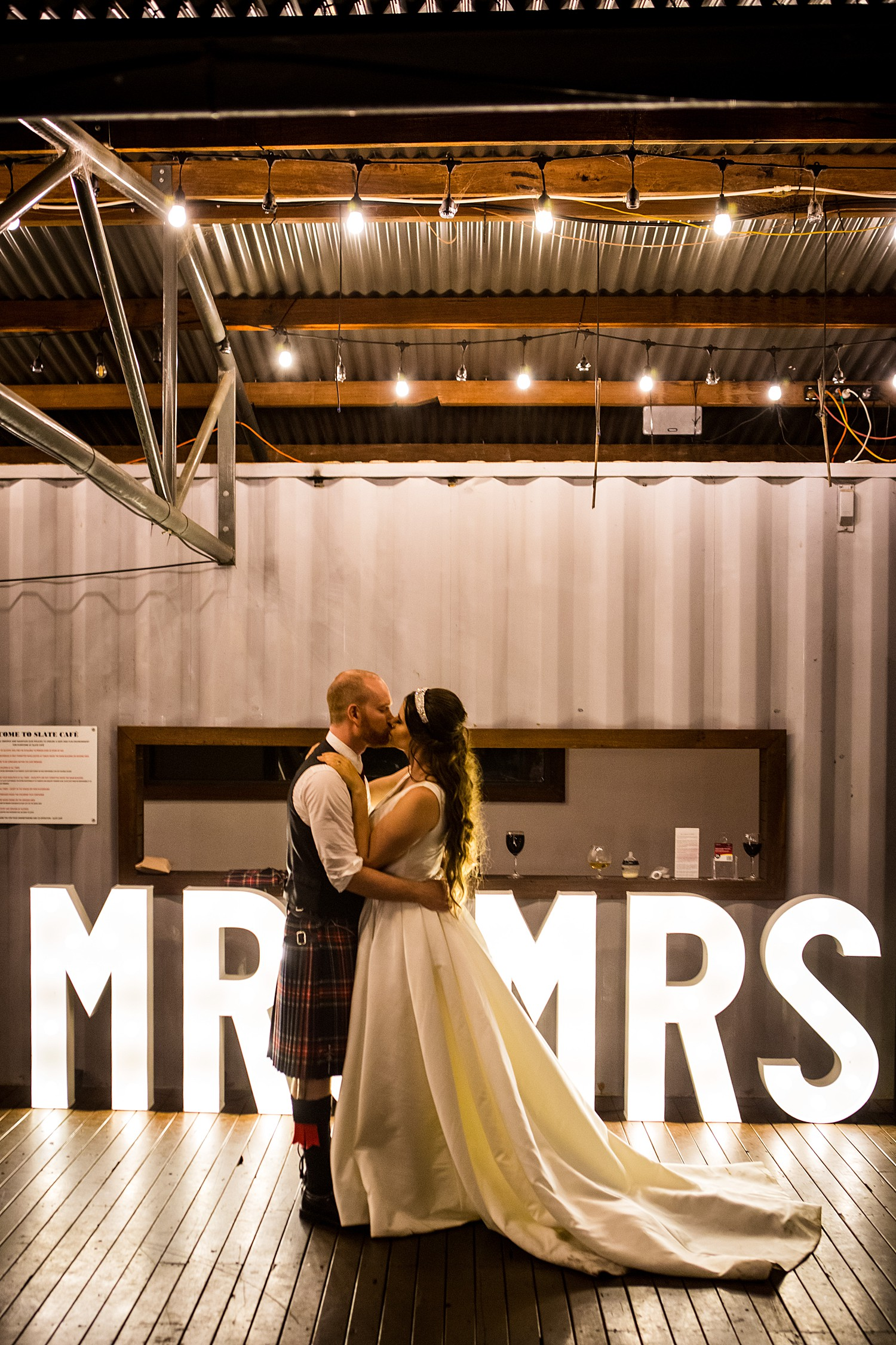 perth_swan_valley_scottish_rainy_wedding_0165.jpg