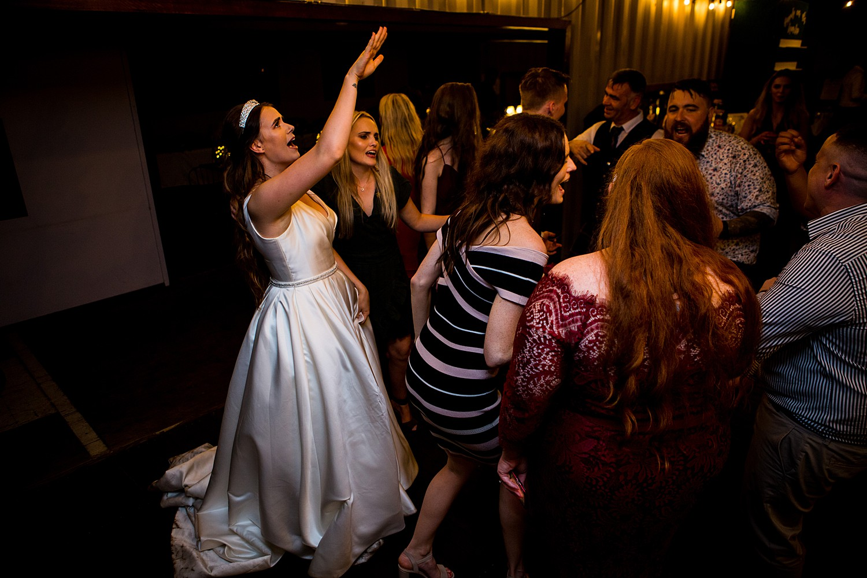 perth_swan_valley_scottish_rainy_wedding_0168.jpg