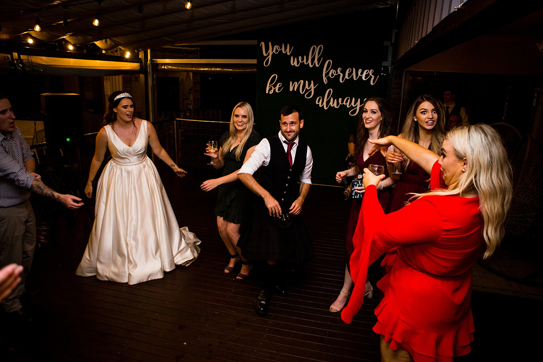 perth_swan_valley_scottish_rainy_wedding_0169.jpg