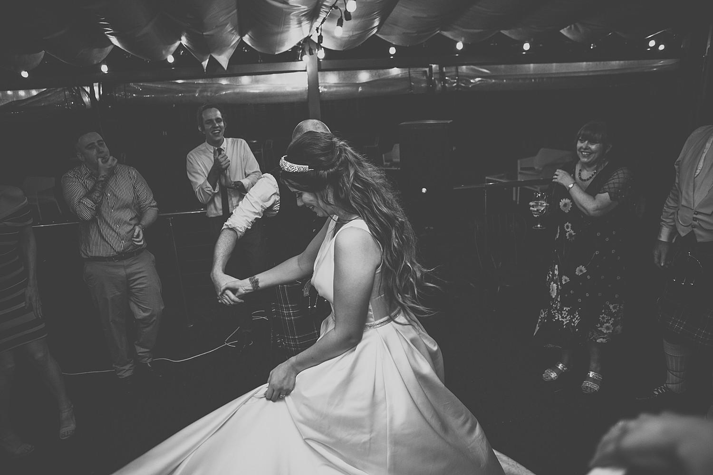perth_swan_valley_scottish_rainy_wedding_0171.jpg