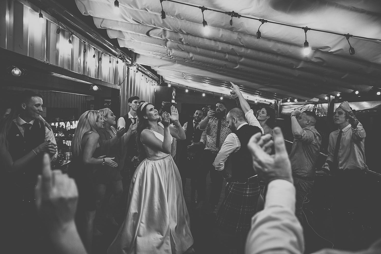 perth_swan_valley_scottish_rainy_wedding_0172.jpg