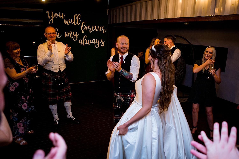 perth_swan_valley_scottish_rainy_wedding_0175.jpg