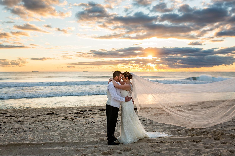 perth_winter_church_wedding_scarborough_rendezvous_0121.jpg