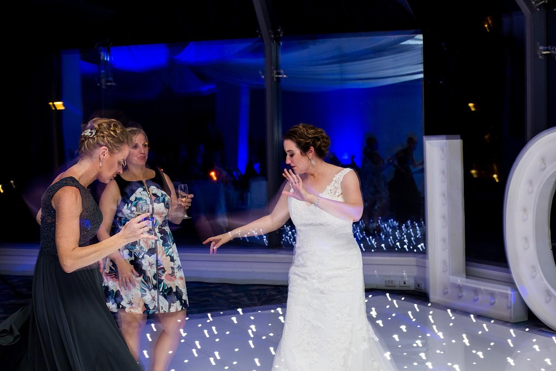 perth_winter_church_wedding_scarborough_rendezvous_0190.jpg