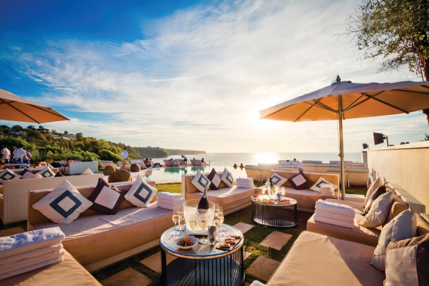 Secluded sunsets at El Kabron's Spanish restaurant and cliff club