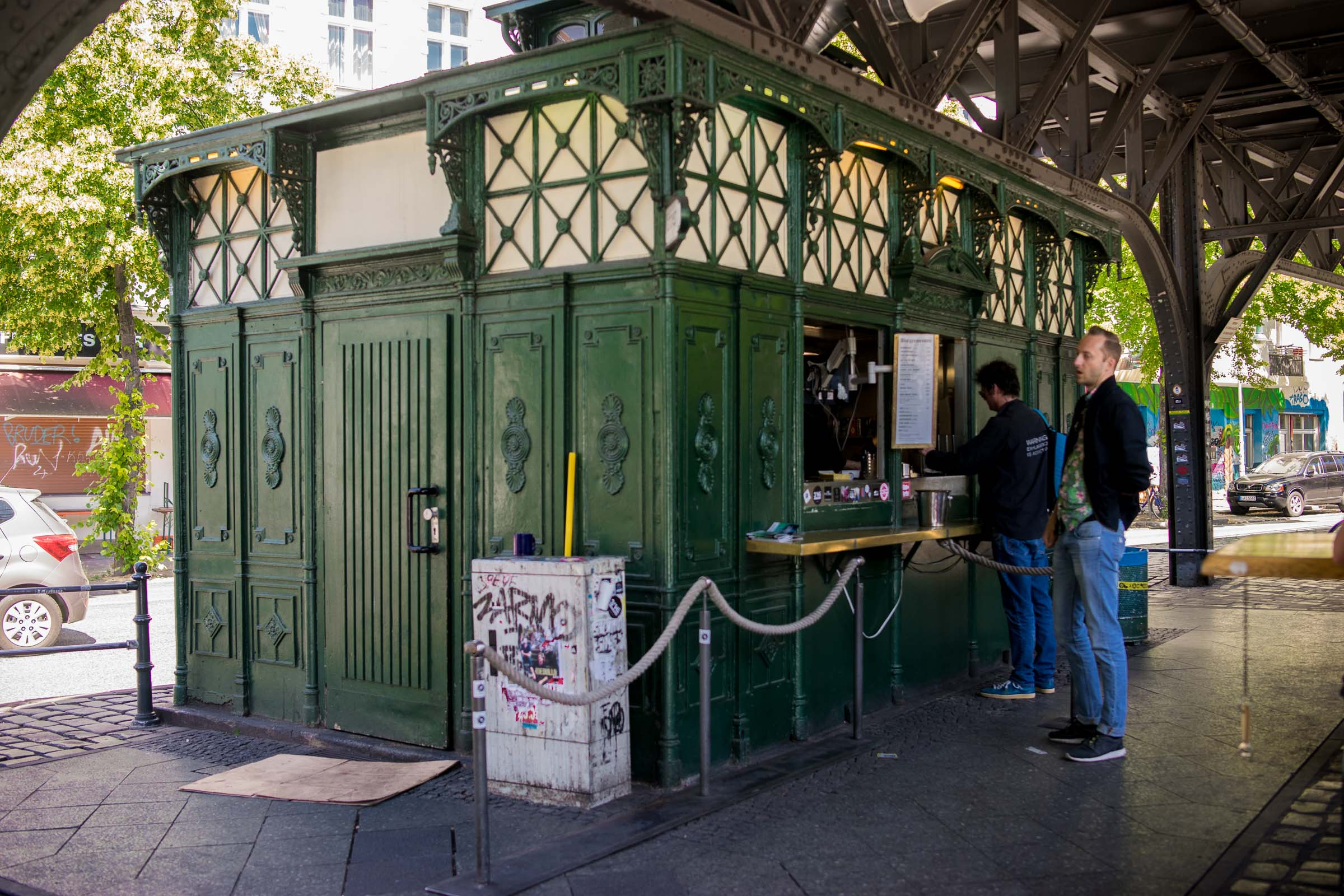 Burgermeister,the little green stand that could. (If only the queue could always be this short).