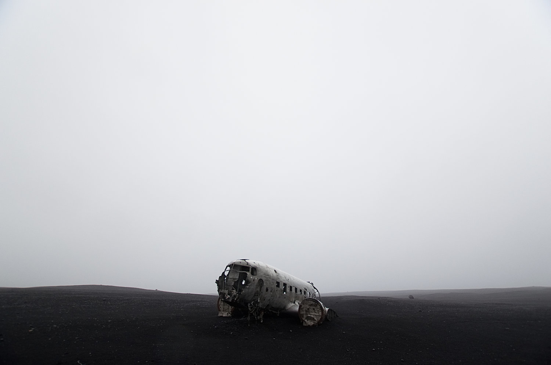 DC-3+Wreckage+1.jpg