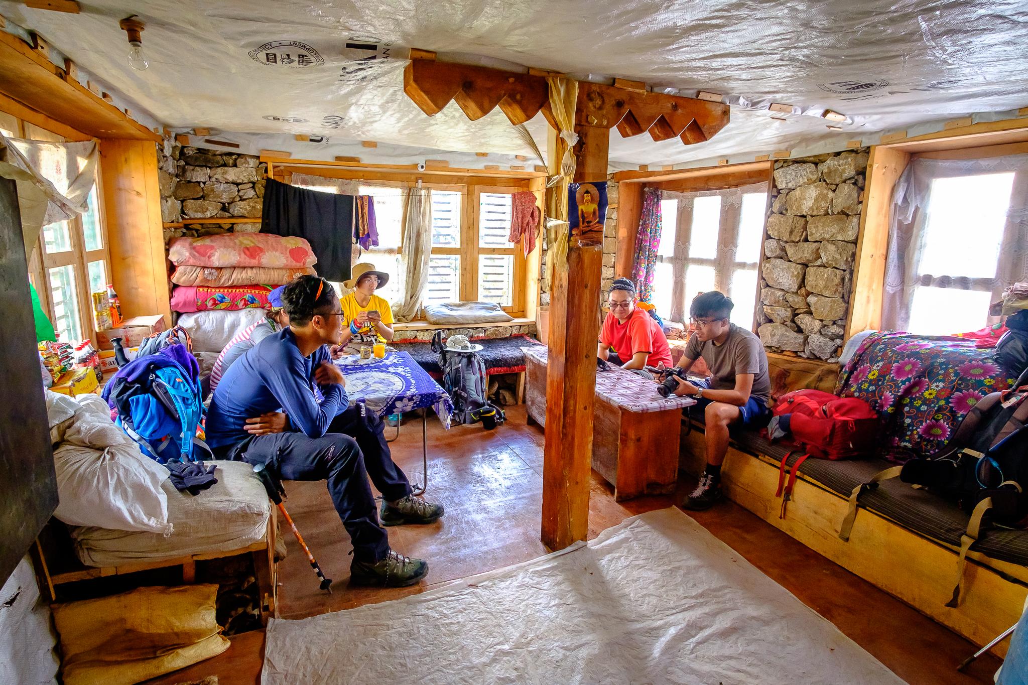 EverestTrekPart3_007.jpg