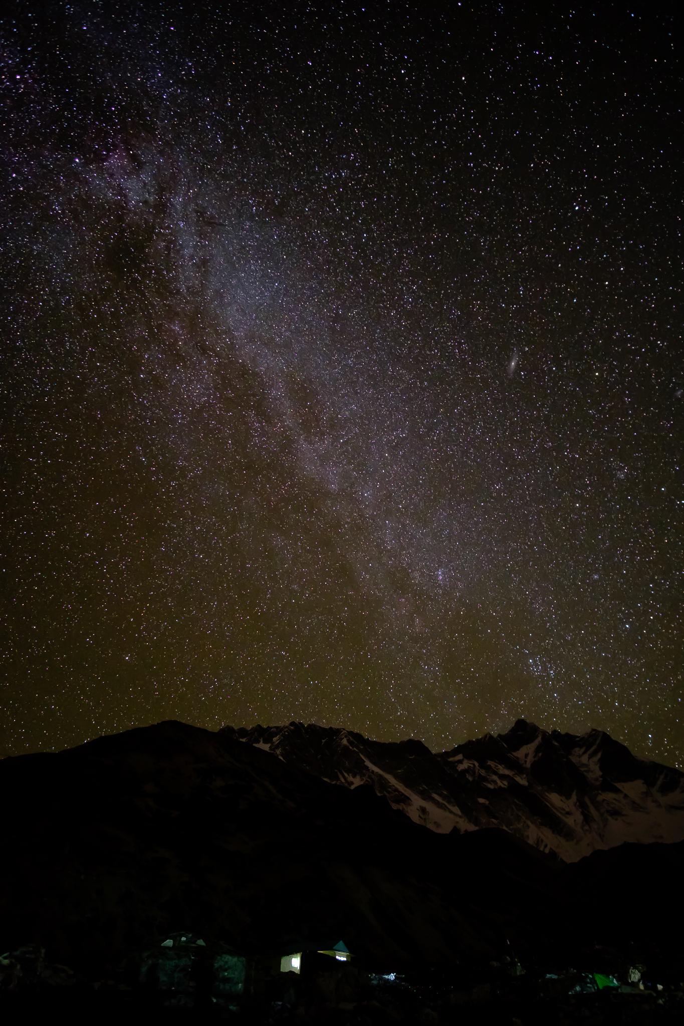 Night sky behind Chukhung Ri