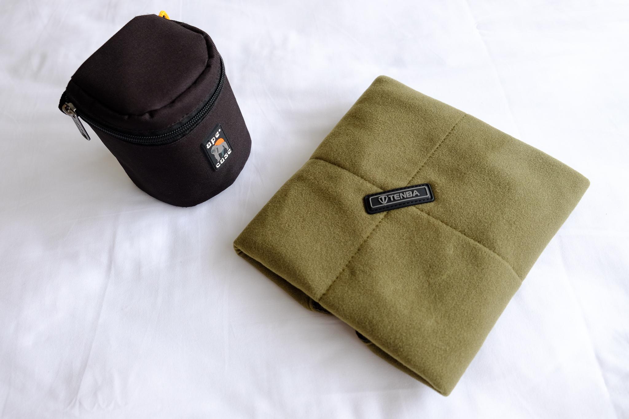 Ape Case ACLC8 Lens Case ,  Tenba 16 Inch Protective Wrap