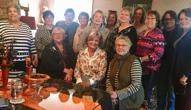 October Lunch Bunch ladies visit former Newcomer, Aletta Holmes, at her fantastic Halloween-themed home in Northville MI. What a great time!
