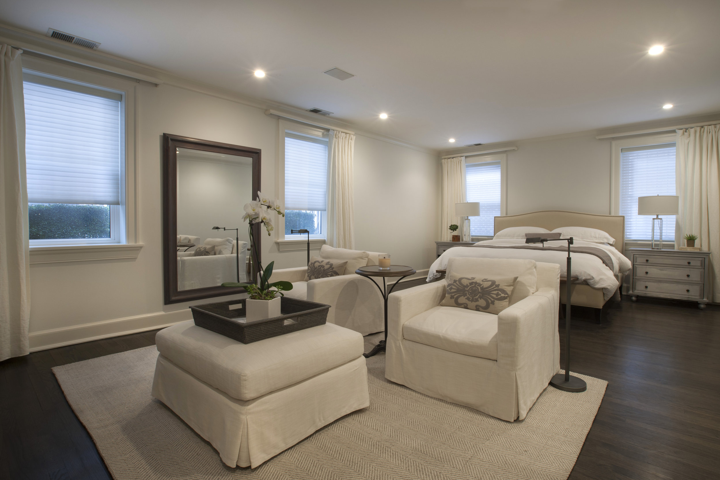 22_1340 N State_Master Bedroom.jpg