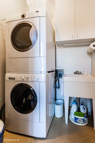 2058 Seminary 3F-2R_Laundry Room.jpg