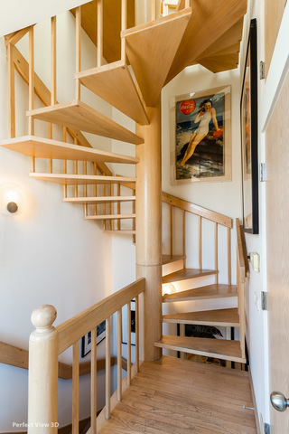 2058 Seminary 3F-2R_Stairs to Penthouse.jpg